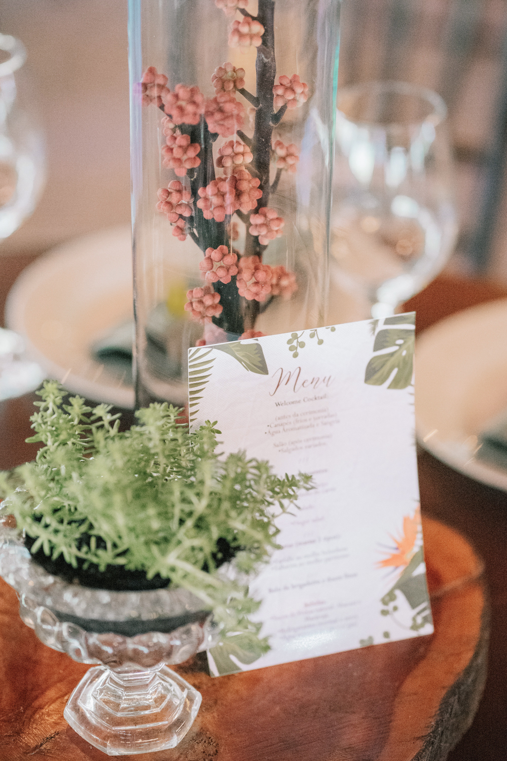 wedding menu non-floral accents