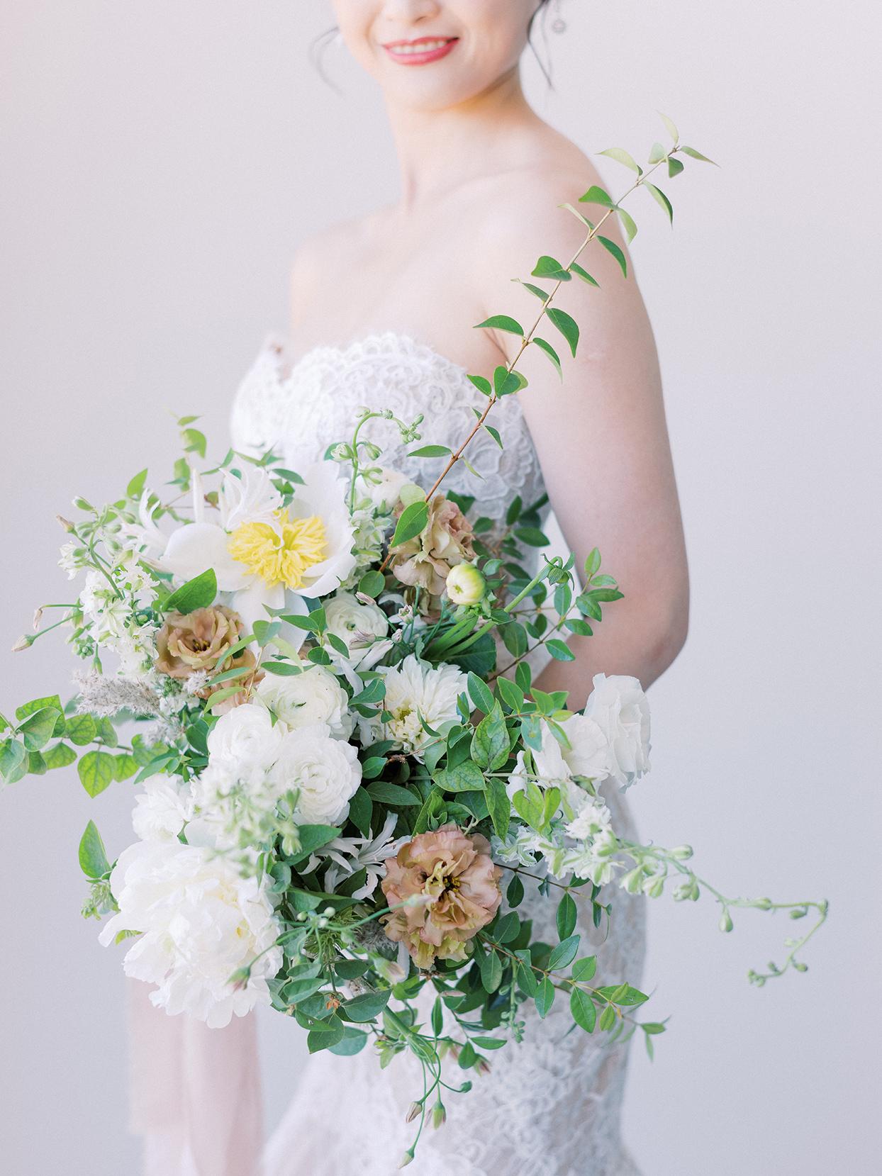 kirsten deran wedding bride's floral bouquet