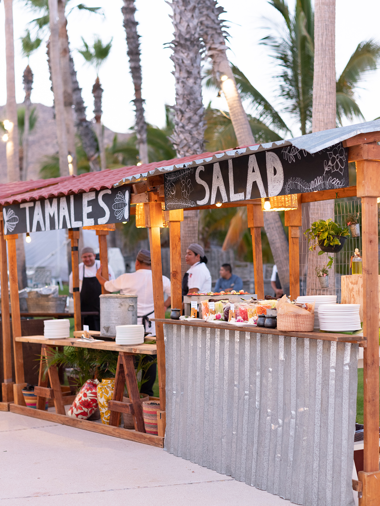 kirsten deran wedding reception food stations