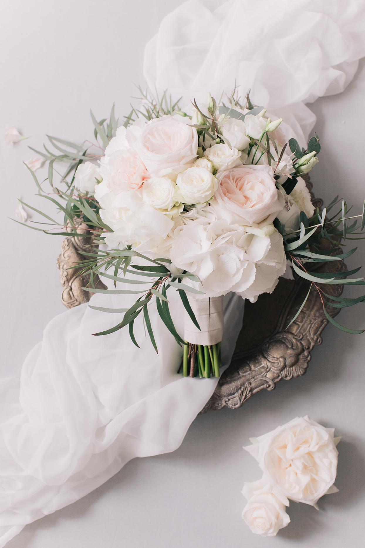 kiira arthur wedding pastel pink and white roses bouquet