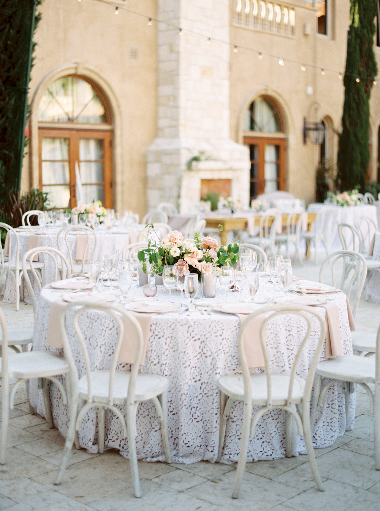 outdoors wedding reception resort courtyard tables