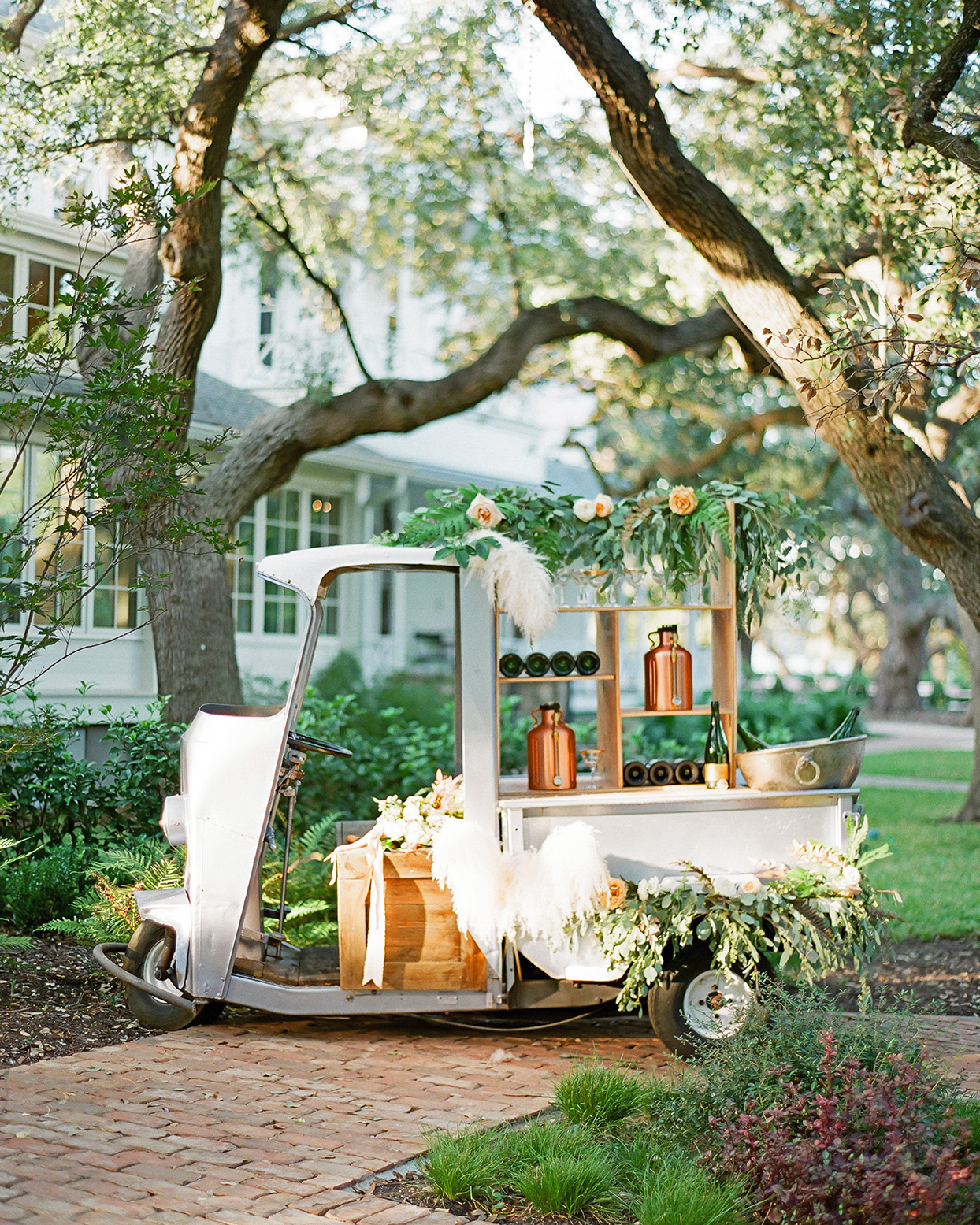 champagne wedding ideas golf cart as drinks stand