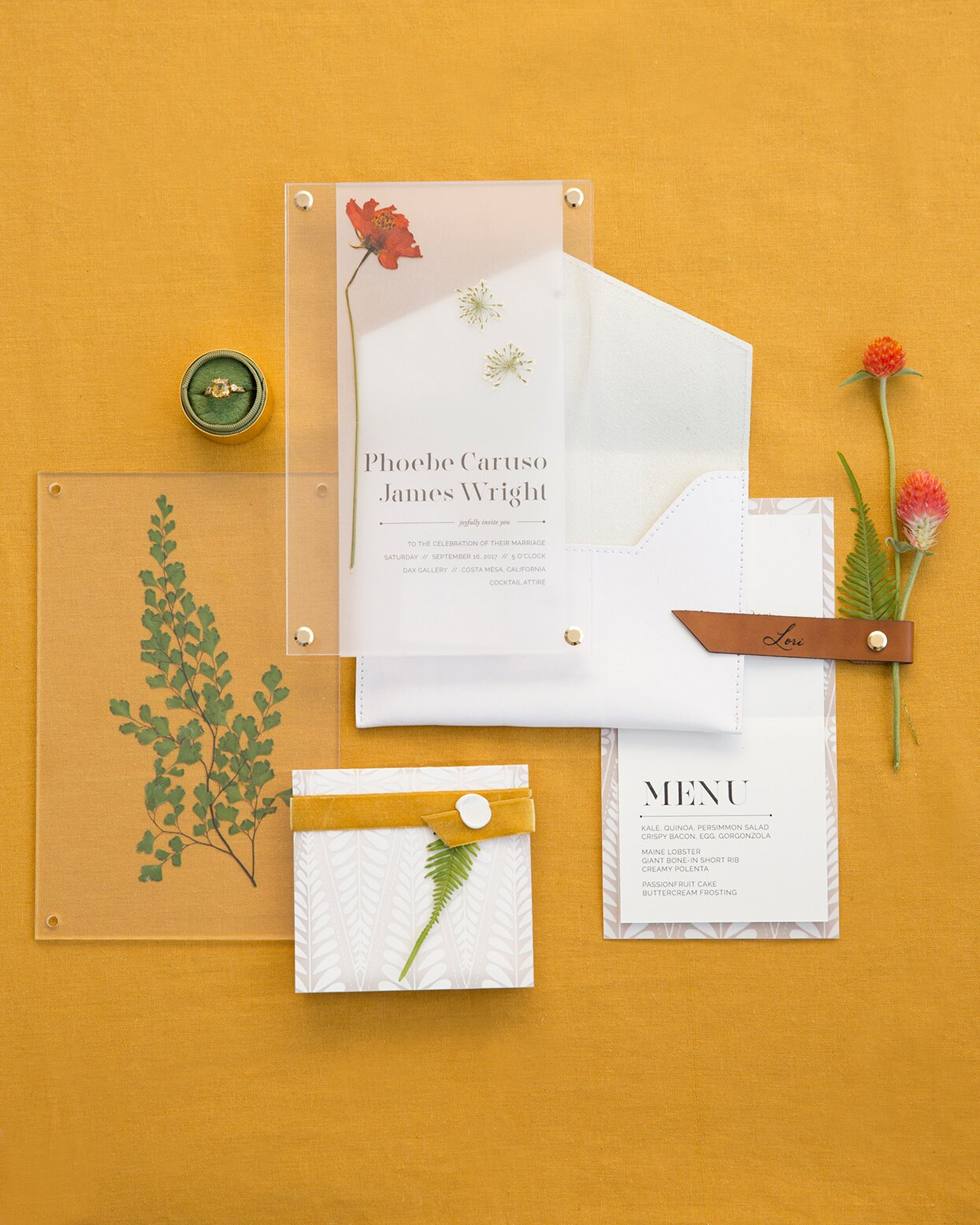 Fall Wedding Invitations That Will Get Your Guests Excited