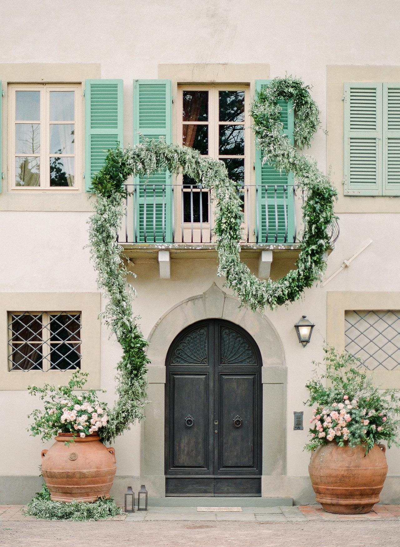 serpentine greenery garland villa facade