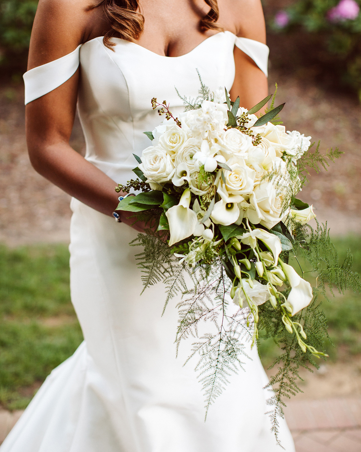 bryanna nick wedding bride flower bouquet