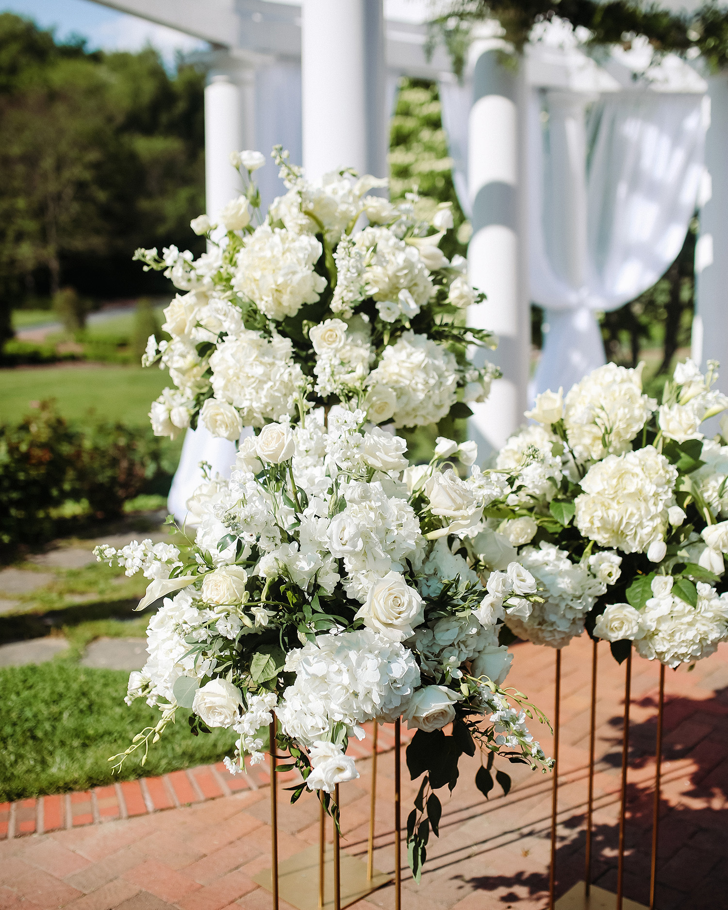 bryanna nick wedding outdoor floral decorations
