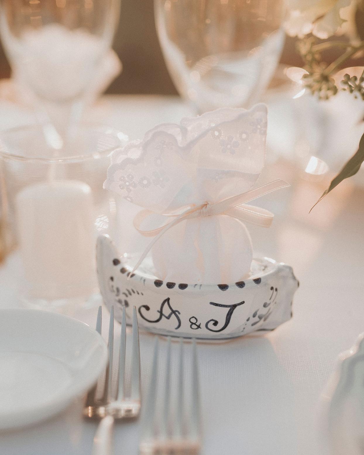 jaclyn antonio wedding ceramic boat favor