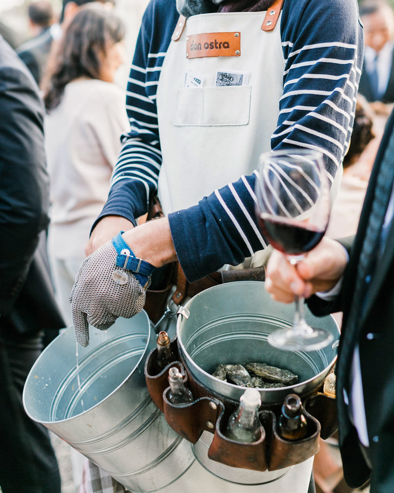 fresh oysters in buckets cocktail hour