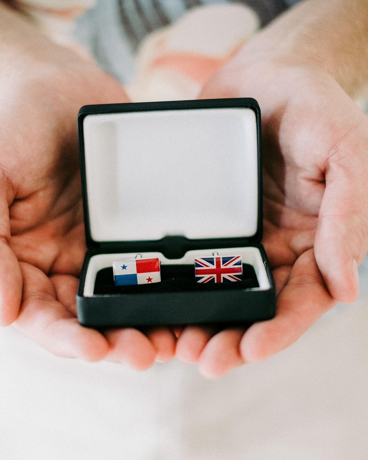 groom cufflinks England Panama flags