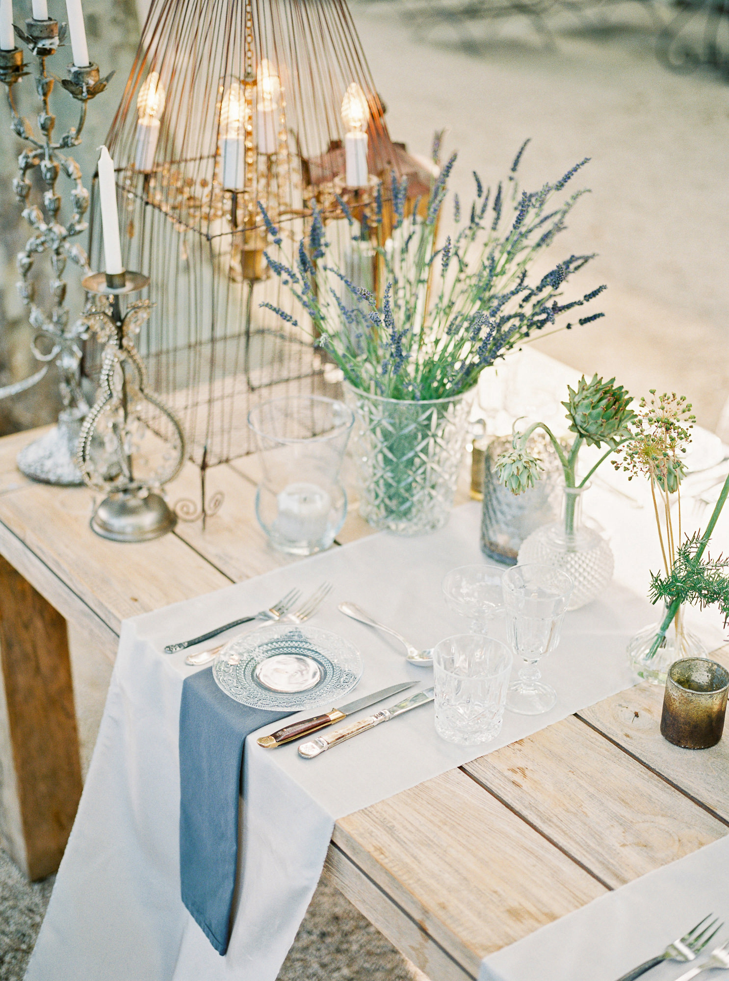 samantha grayson wedding reception table details