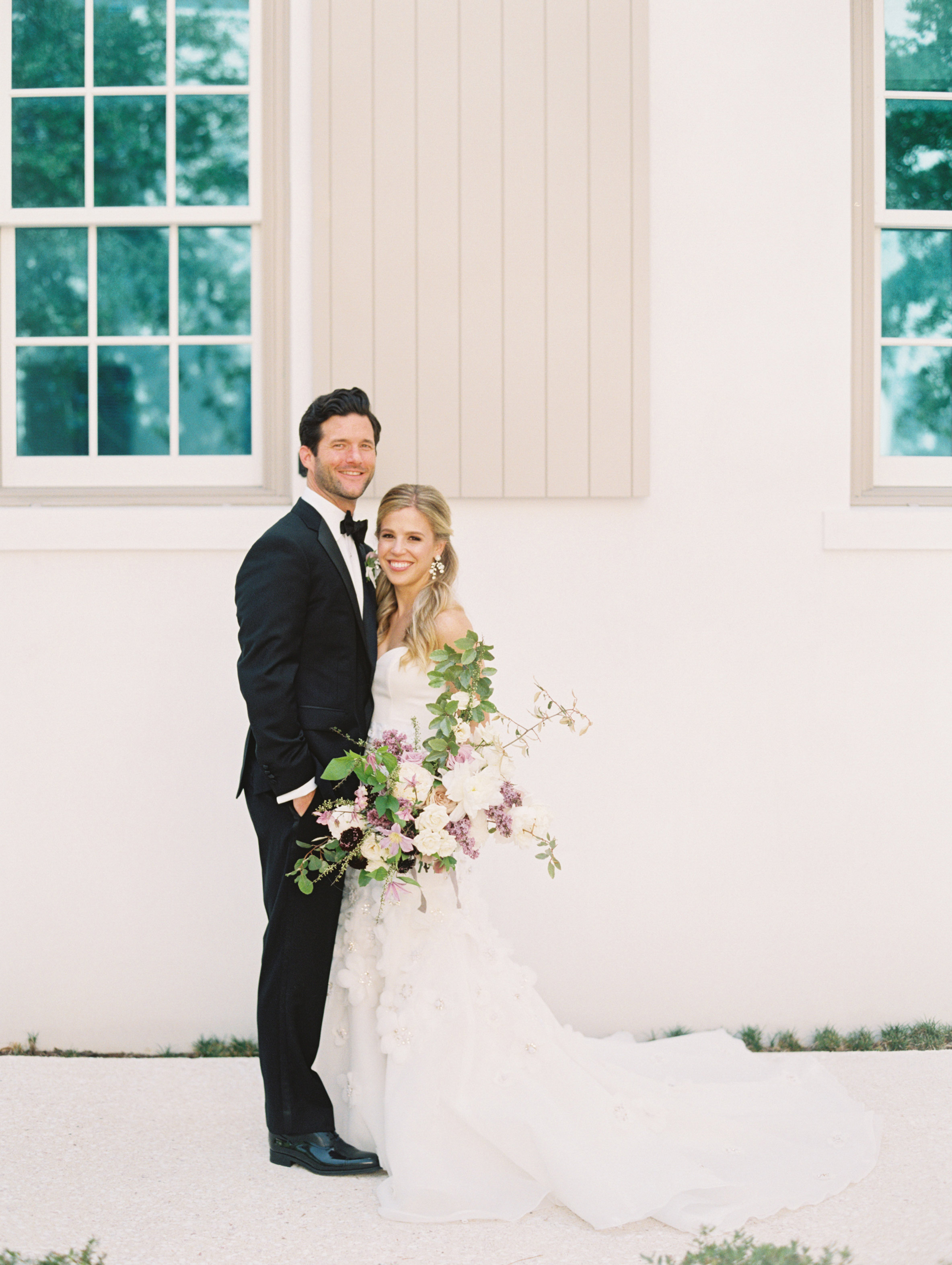 This Couple Threw A New Orleans Inspired Garden Wedding In Florida