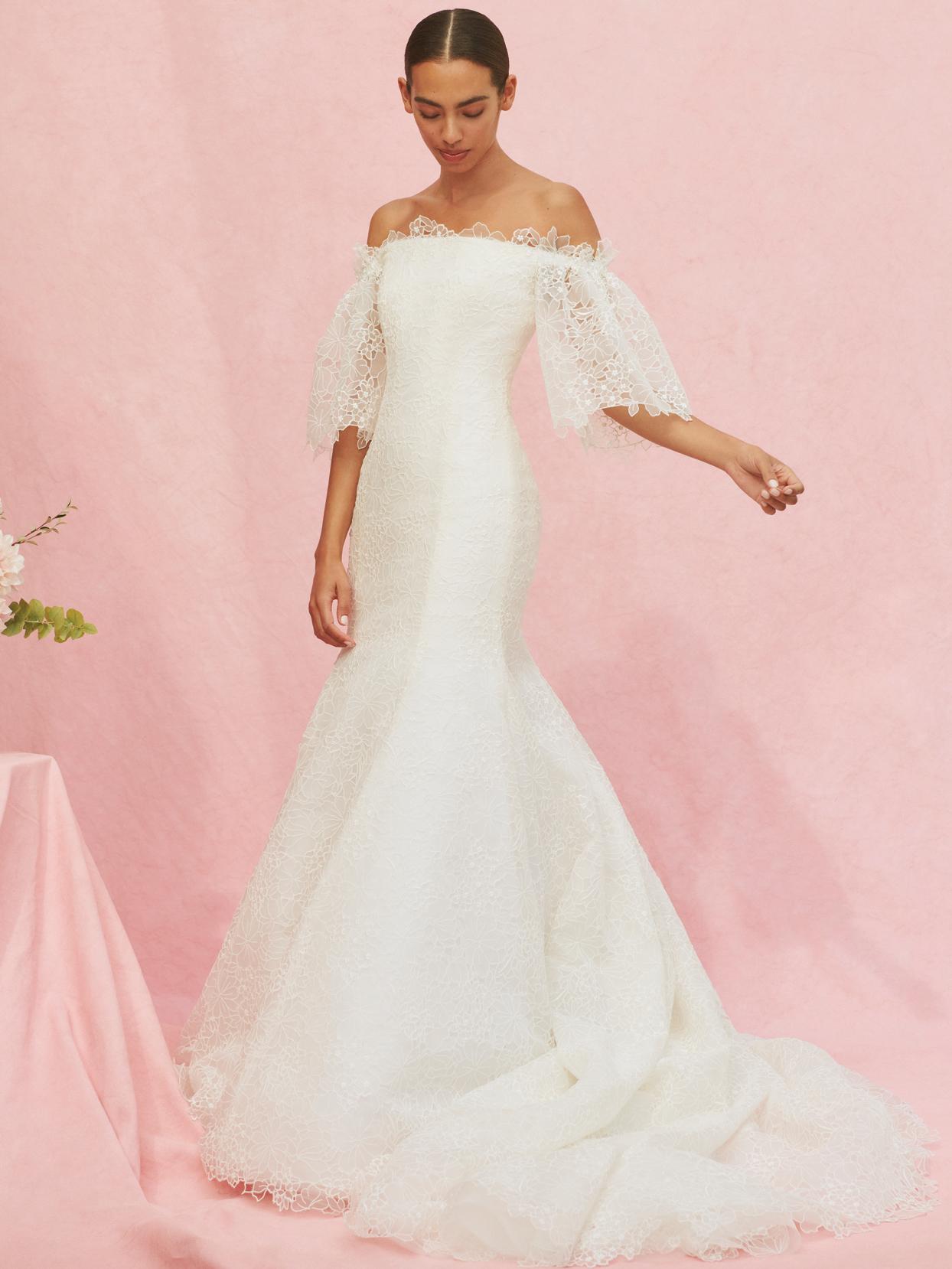 carolina herrera strapless trumpet lace wedding dress fall 2020