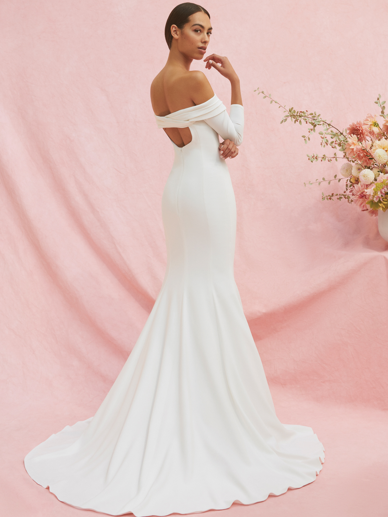 carolina herrera long sleeve trumpet wedding dress fall 2020