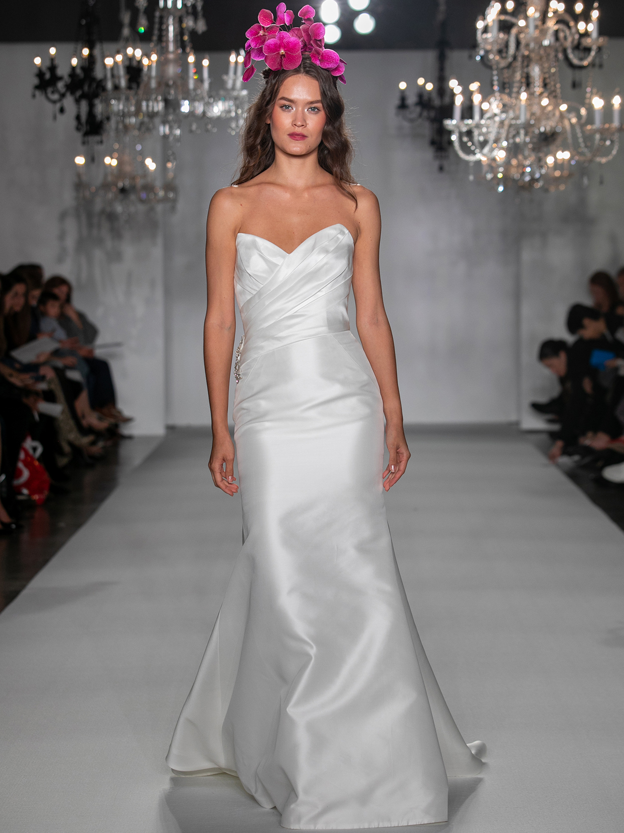 anne barge strapless trumpet wedding dress fall 2020