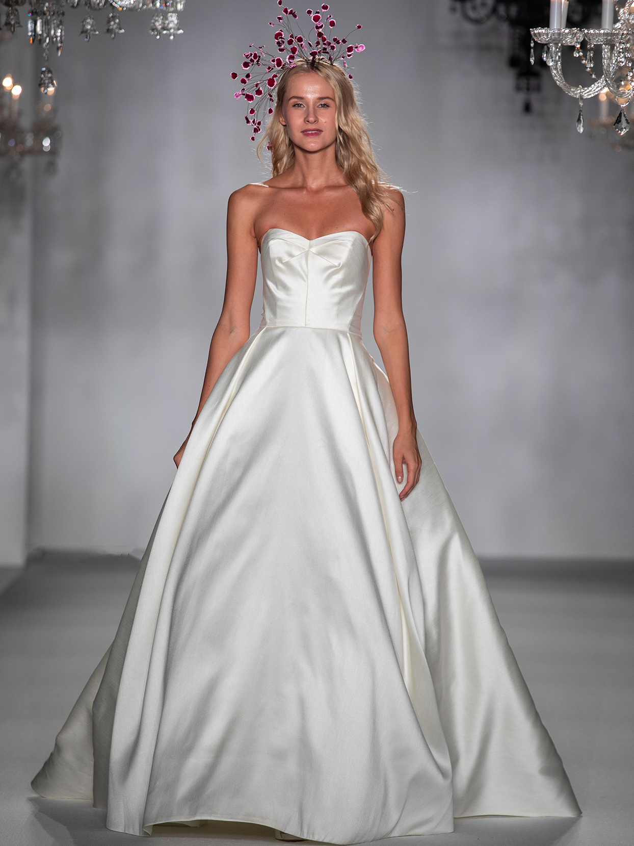 anne barge sweetheart ball gown wedding dress fall 2020