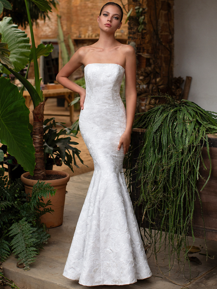 Zac Posen For White One embroidered sequins strapless trumpet wedding dress fall 2020