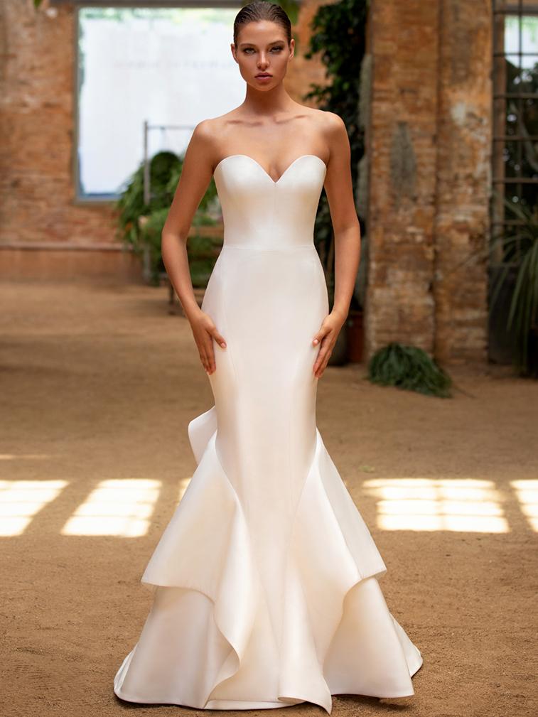 Zac Posen For White One strapless sweetheart mermaid wedding dress fall 2020