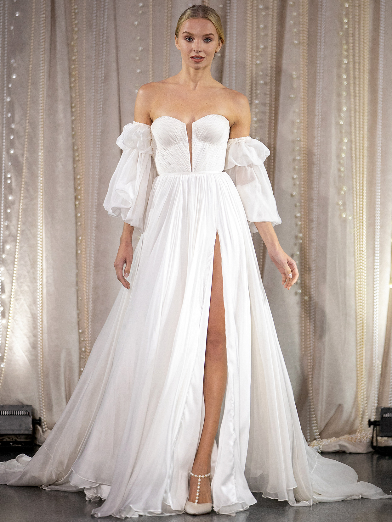 Lee Petra Grebenau ruched sweetheart with sleeves wedding dress fall 2020