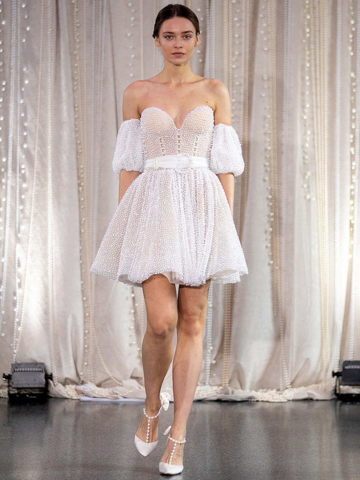 Lee Petra Grebenau short a-line off-the shoulder sleeves wedding dress fall 2020