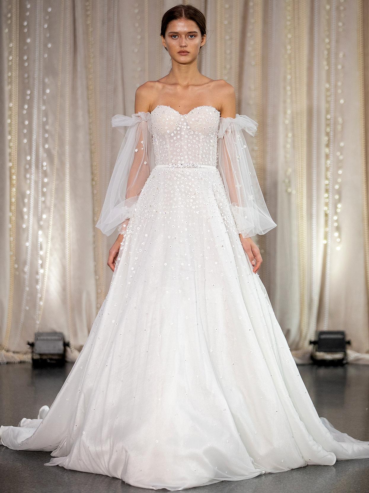Lee Petra Grebenau sweetheart off-the-shoulder sleeves wedding dress fall 2020
