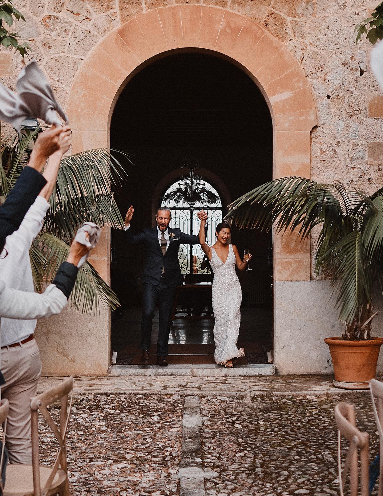 pomme daniel wedding couple reception entrance