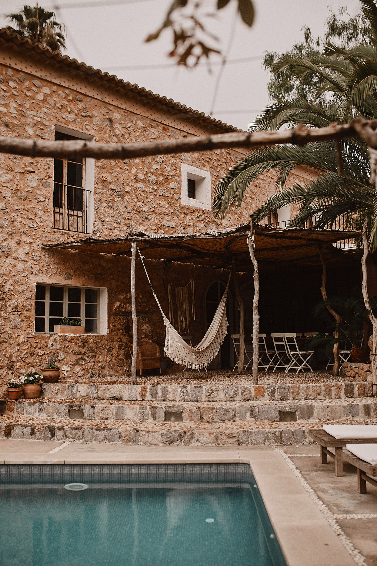 pomme daniel wedding venue swimming pool stone steps