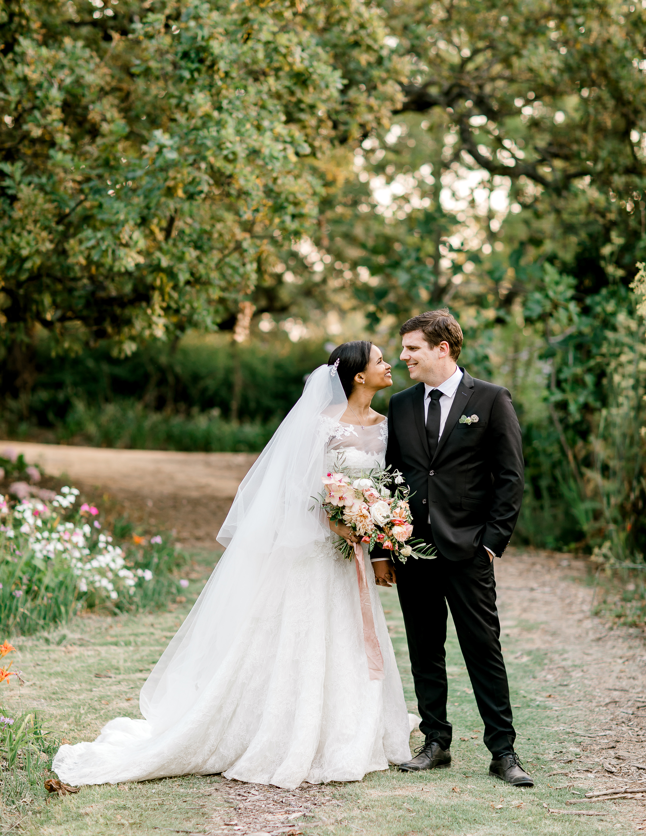 This Couple Tied The Knot In A Garden In Cape Town And Then