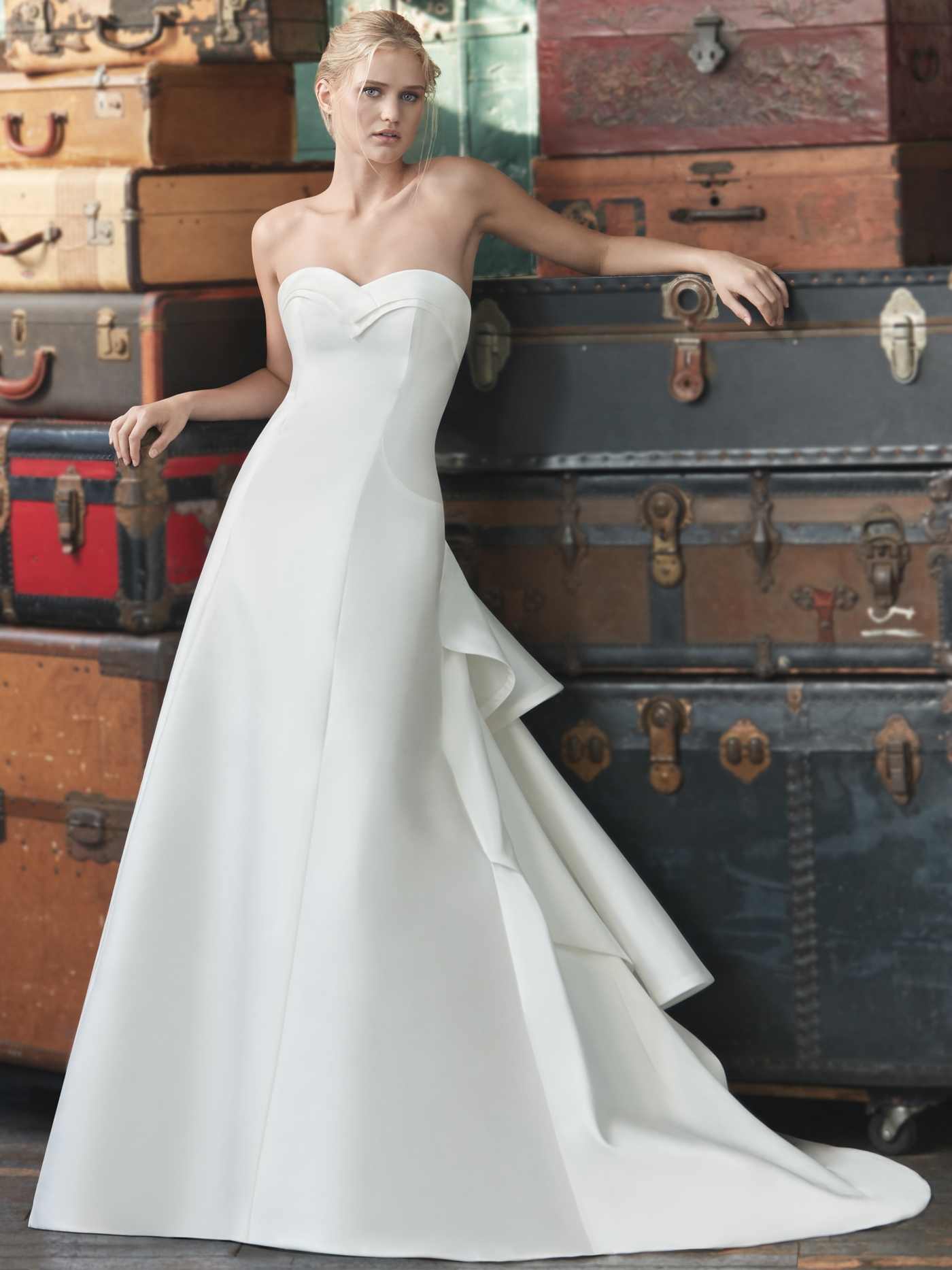 Sareh Nouri strapless sweetheart a-line wedding dress fall 2020