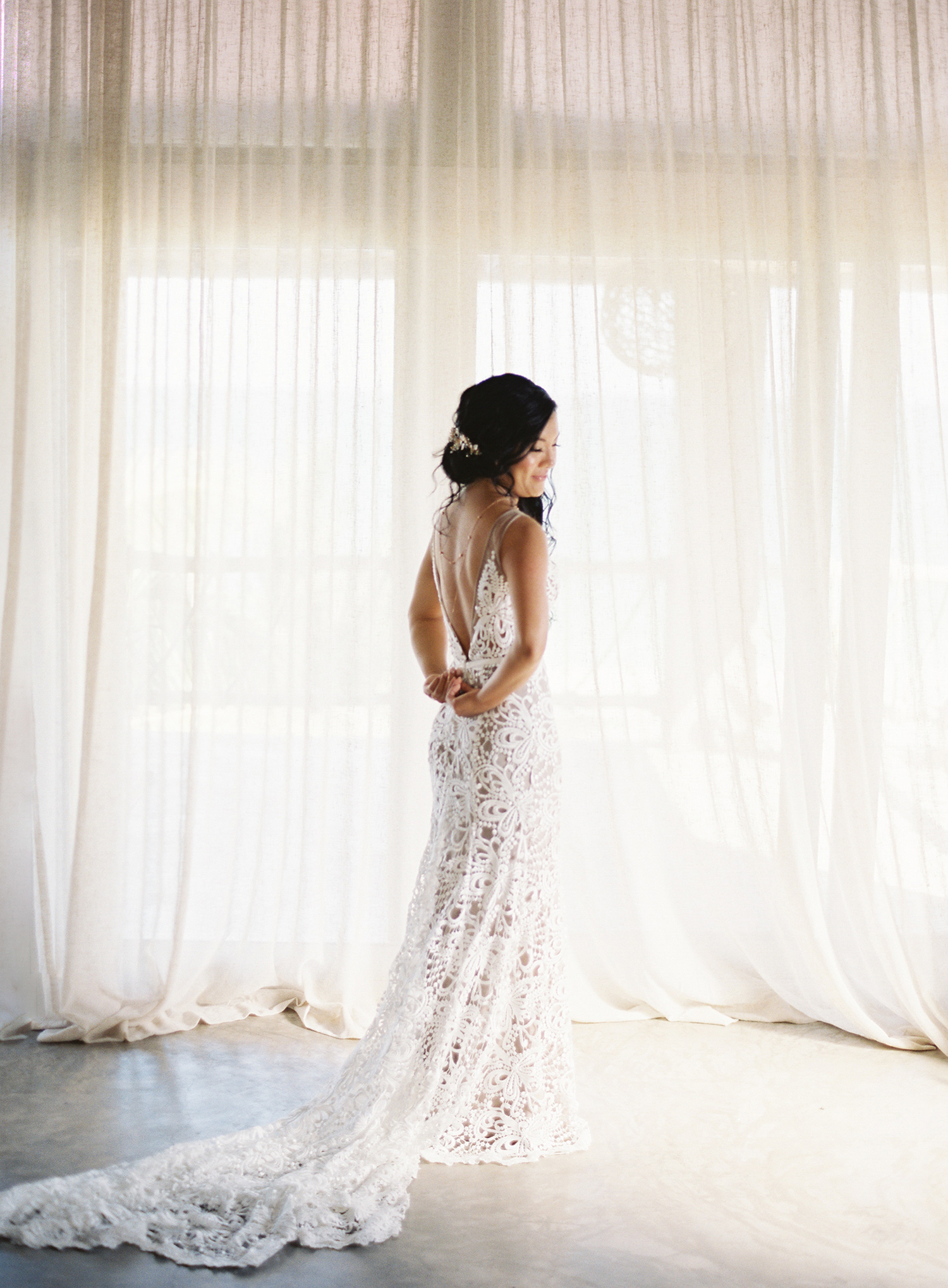 portrait sophie back view wedding dress
