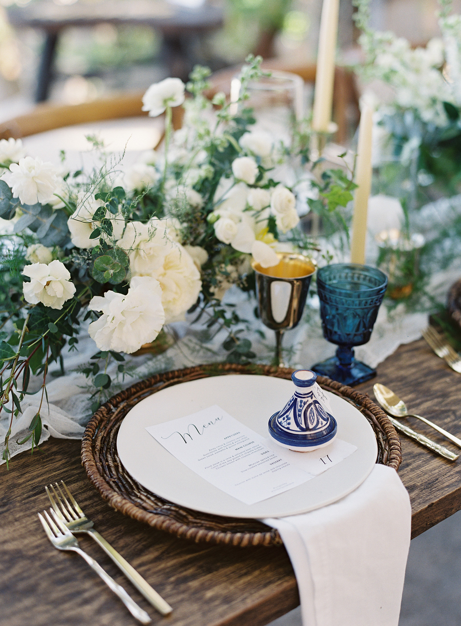 wedding reception place settings