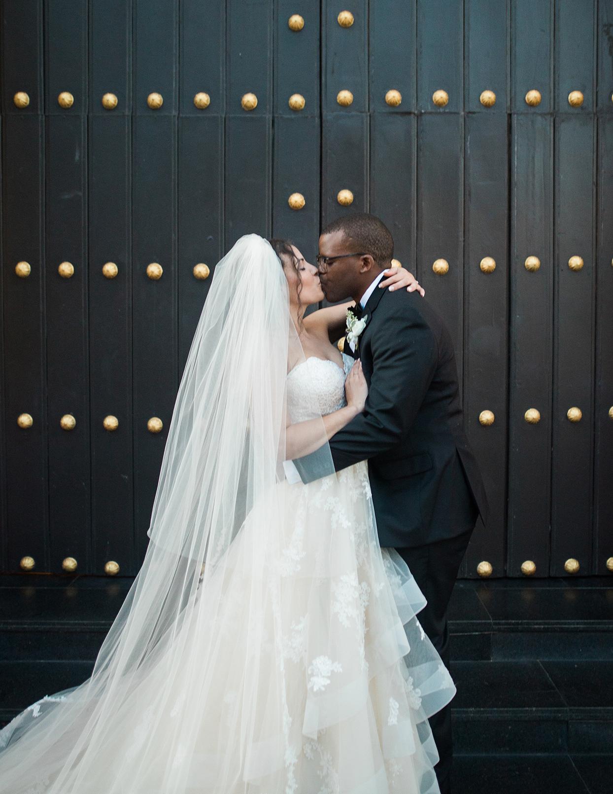 victoria tk wedding couple kiss