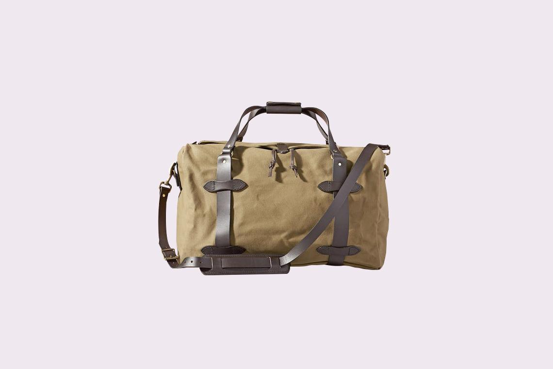 """Filson """"Rugged Twill Medium Duffle"""" Bag"""