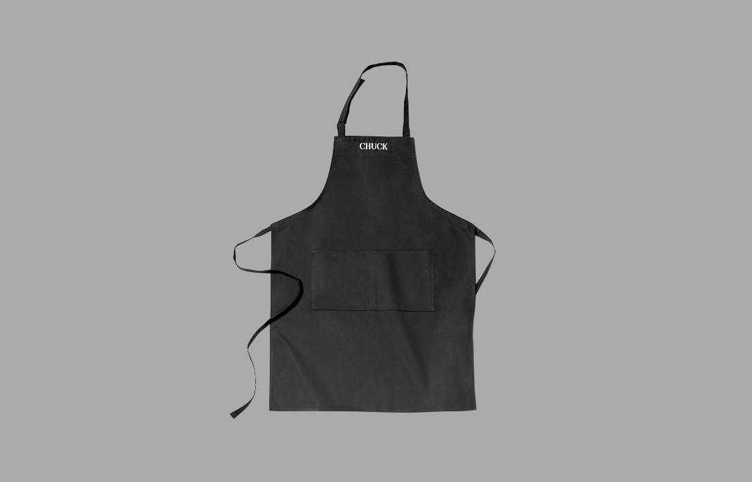 "personalized black apron ""Chuck"""