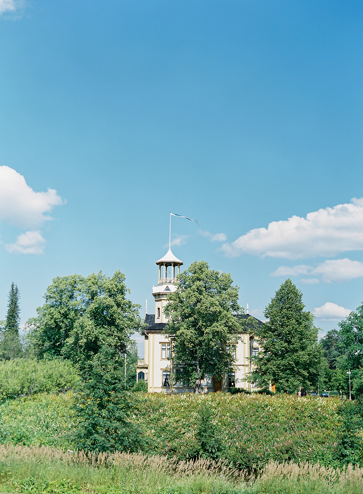 laura alexander wedding venue in the country