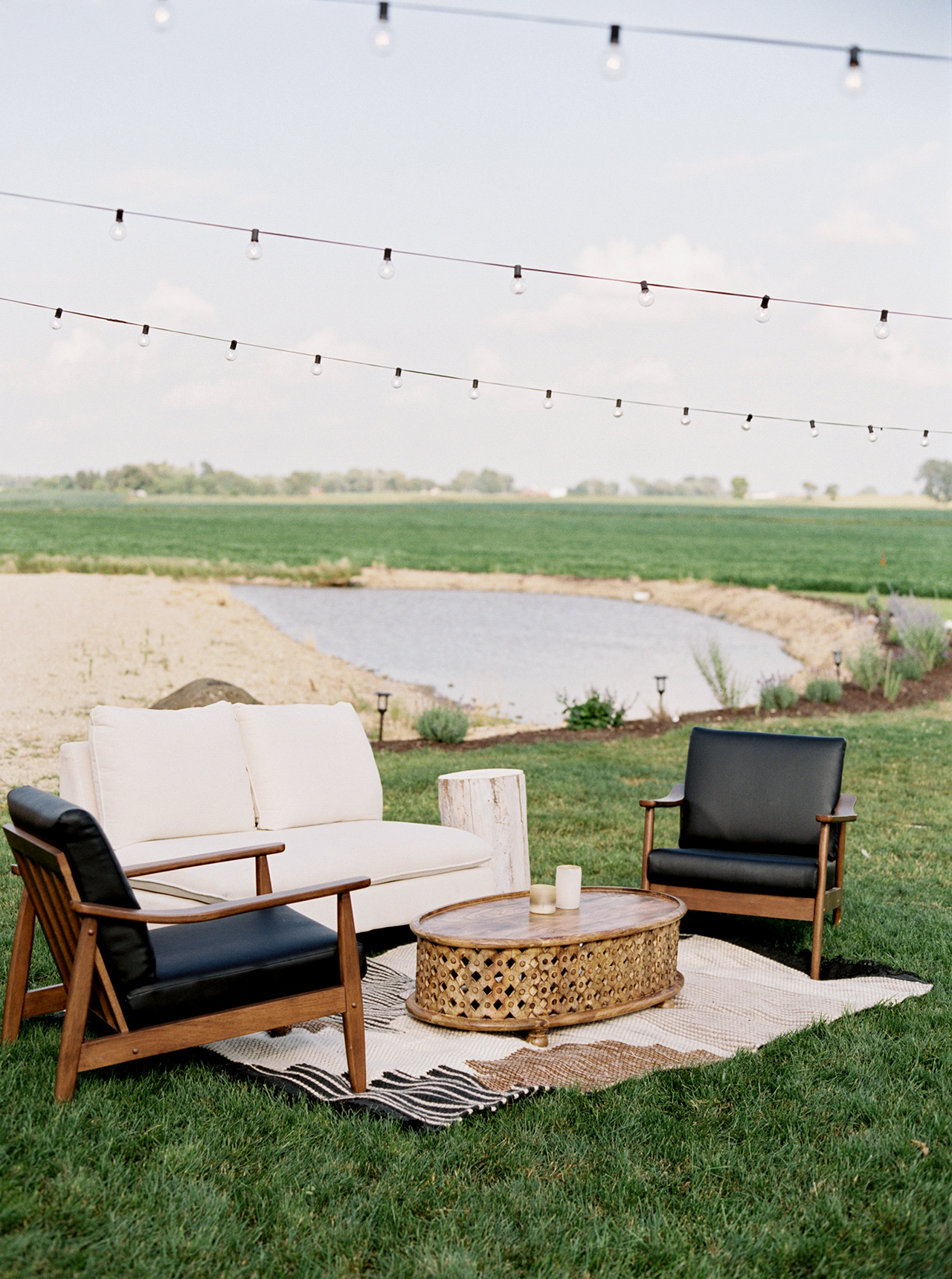outdoor reception lounge furniture rug
