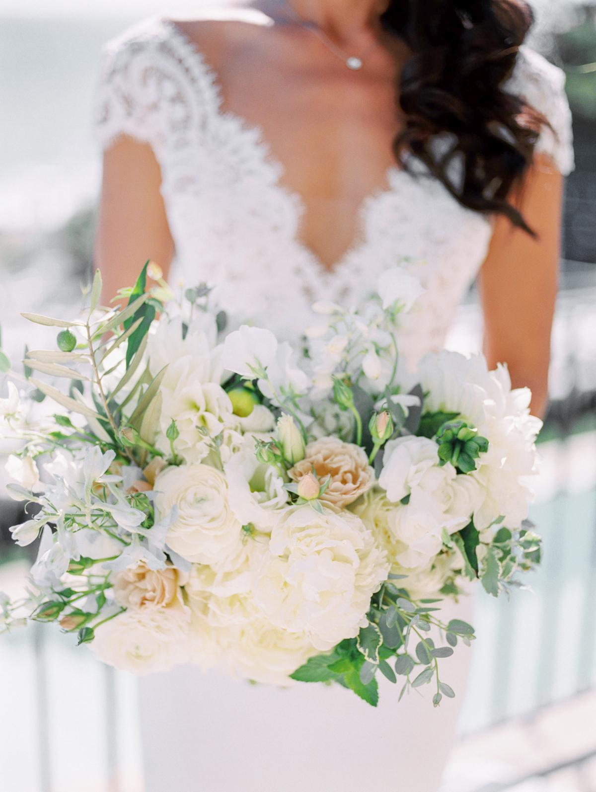 bettina gino white wedding bouquet