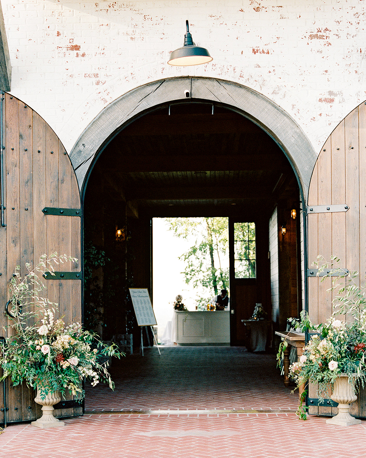 Is It Possible to Plan a Wedding Without Ever Visiting My Venue?