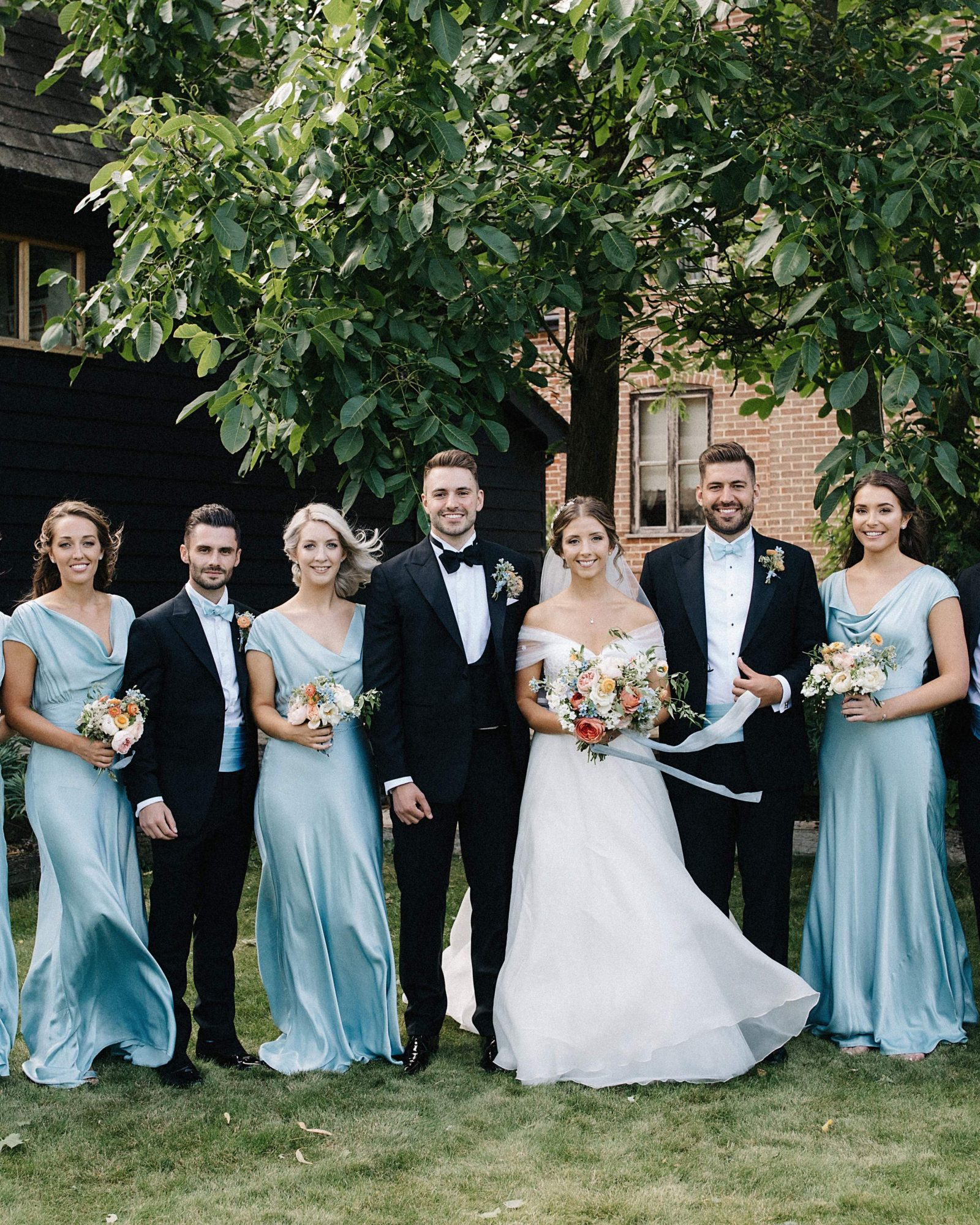 laurie lee wedding couple bridesmaids and groomsmen