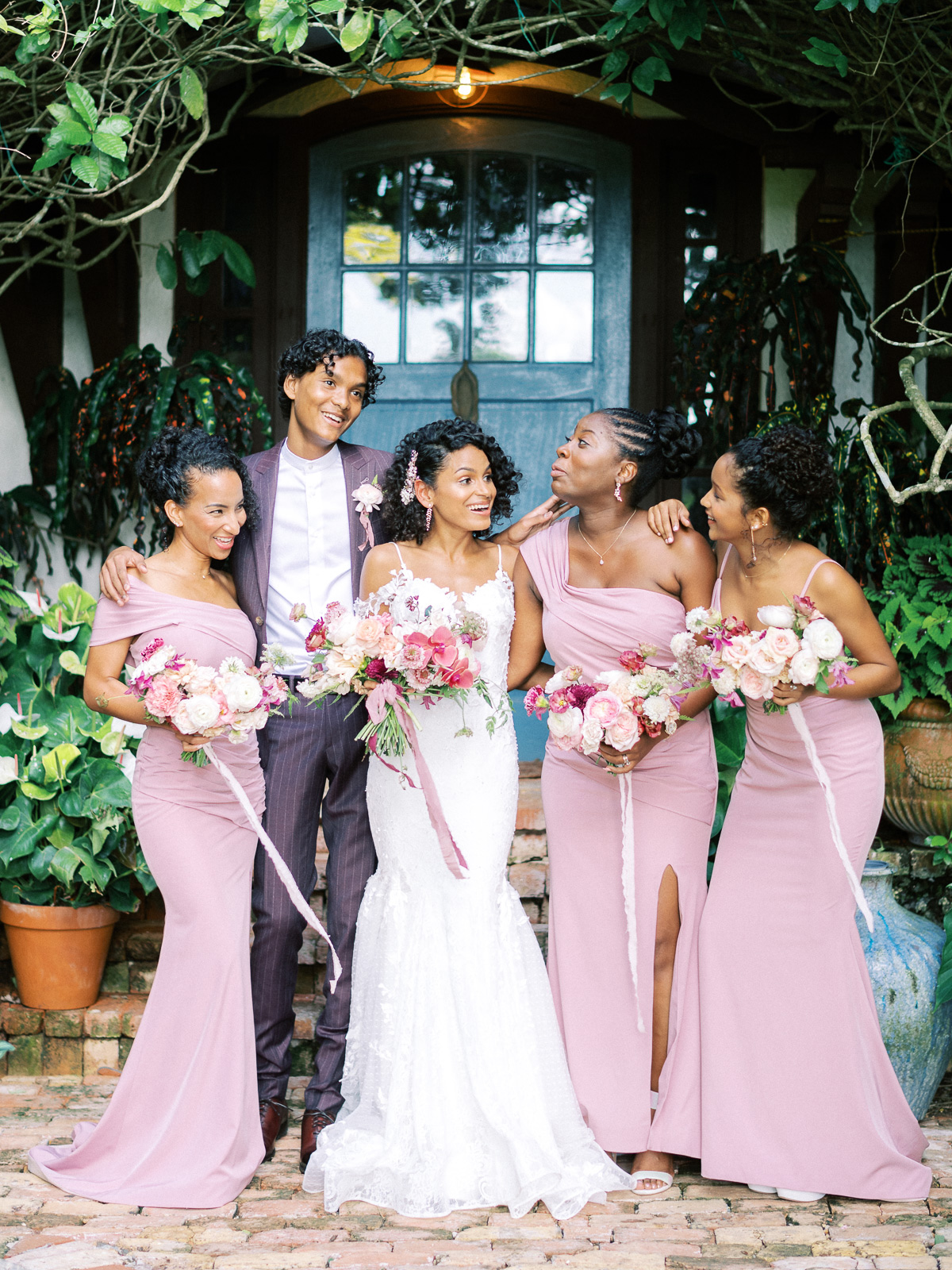 melissa lindsey wedding bride with party in pink