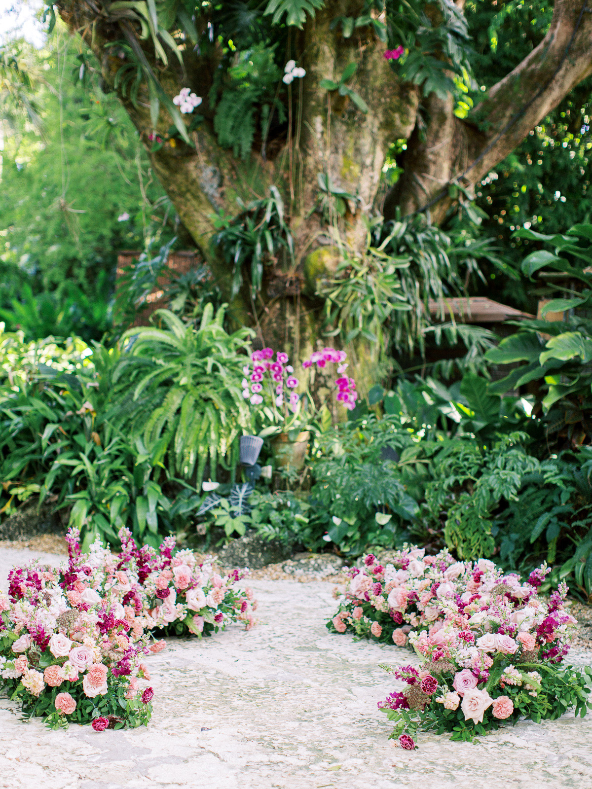 melissa lindsey wedding ceremony location flowers