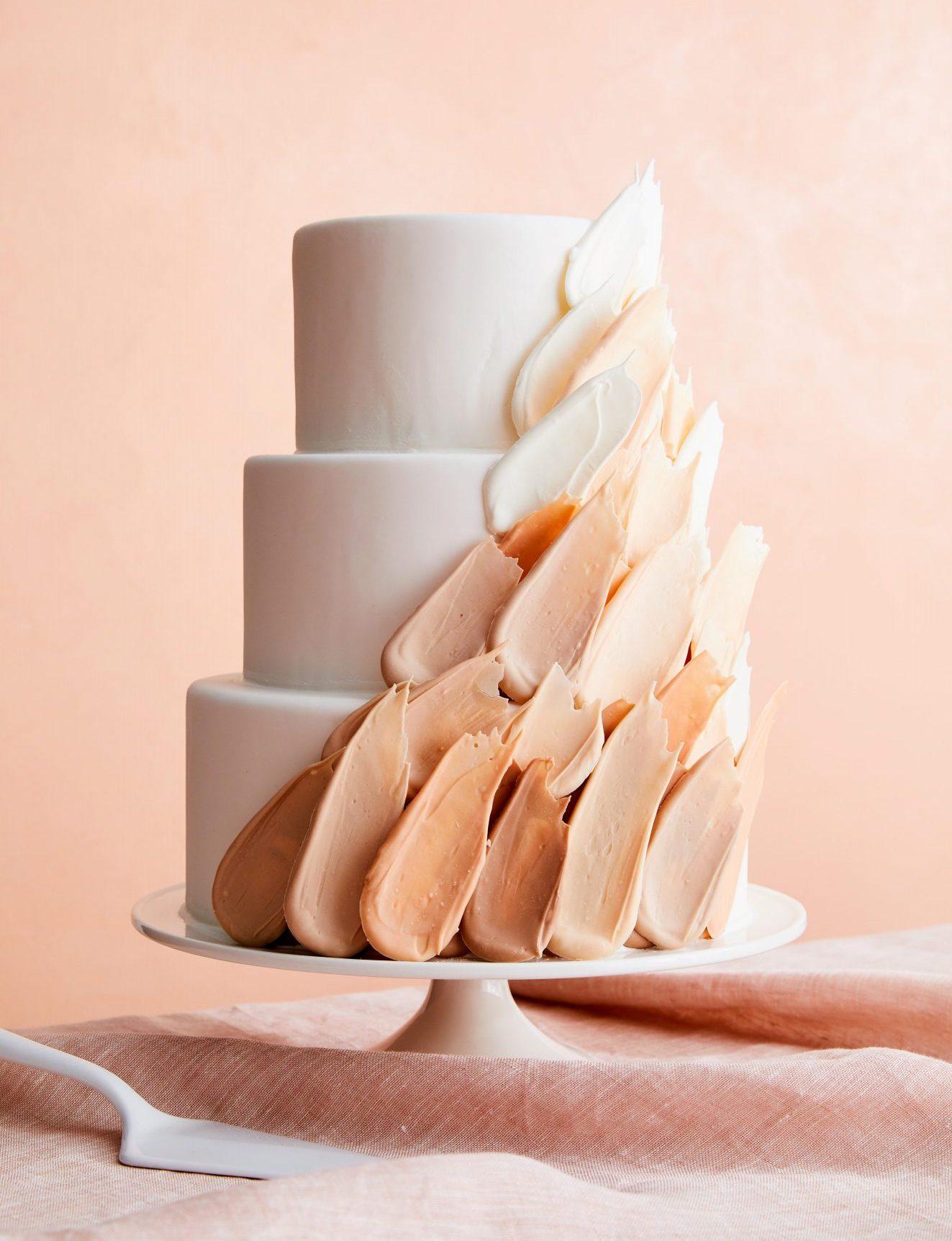 fondant-covered spice cake