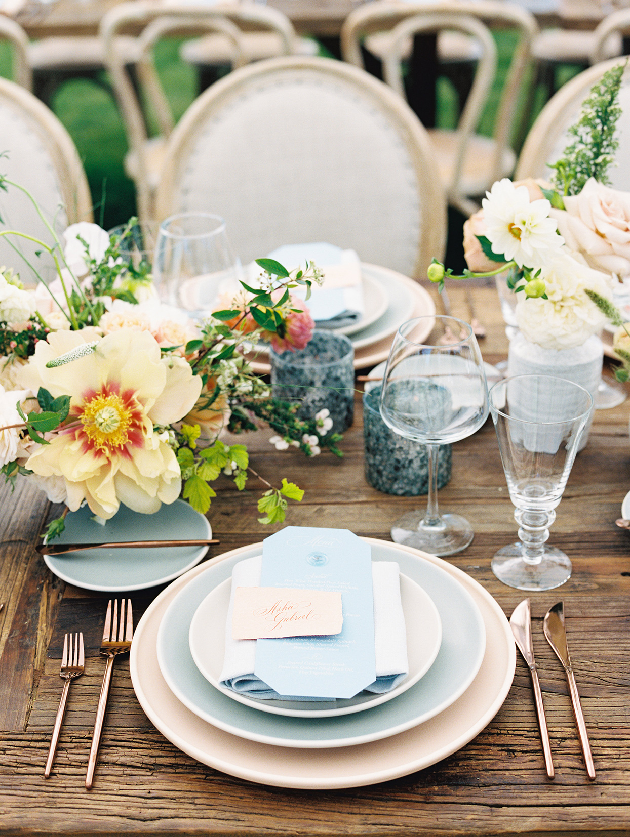 asha andrew wedding rustic and elegant place setting