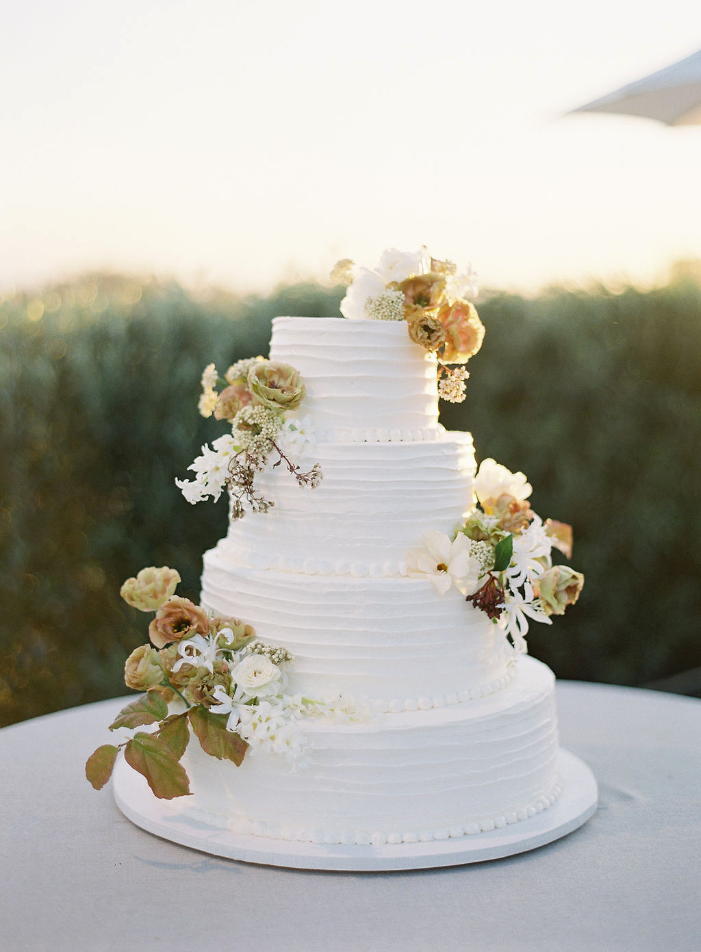 becca joey white wedding cake