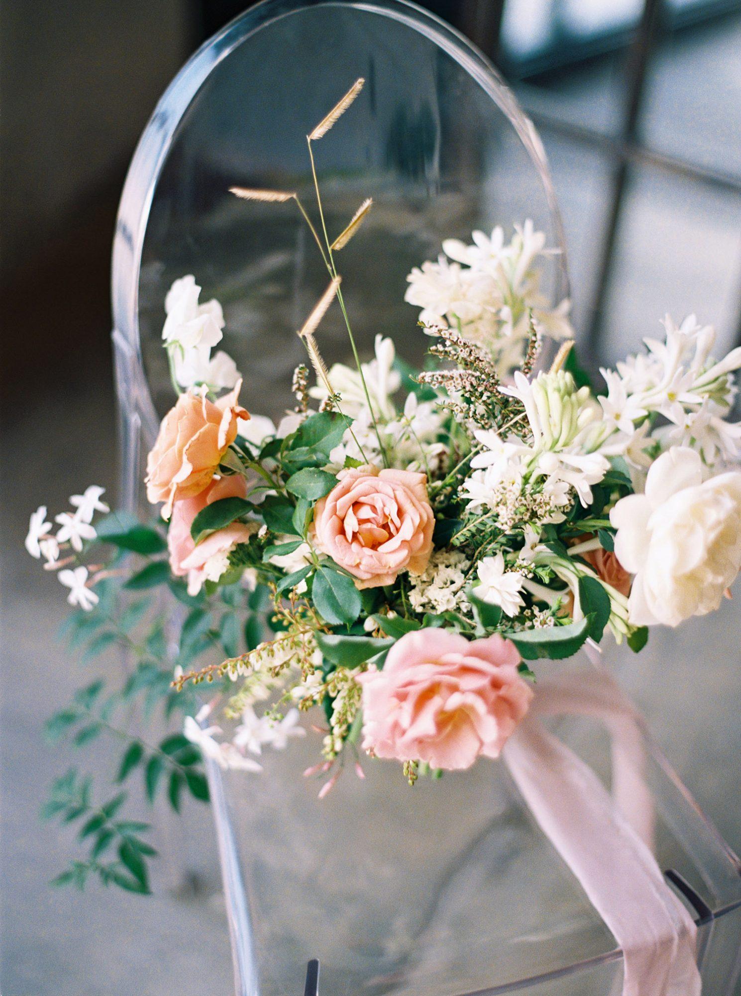 dawn jordan wedding floral bouquet