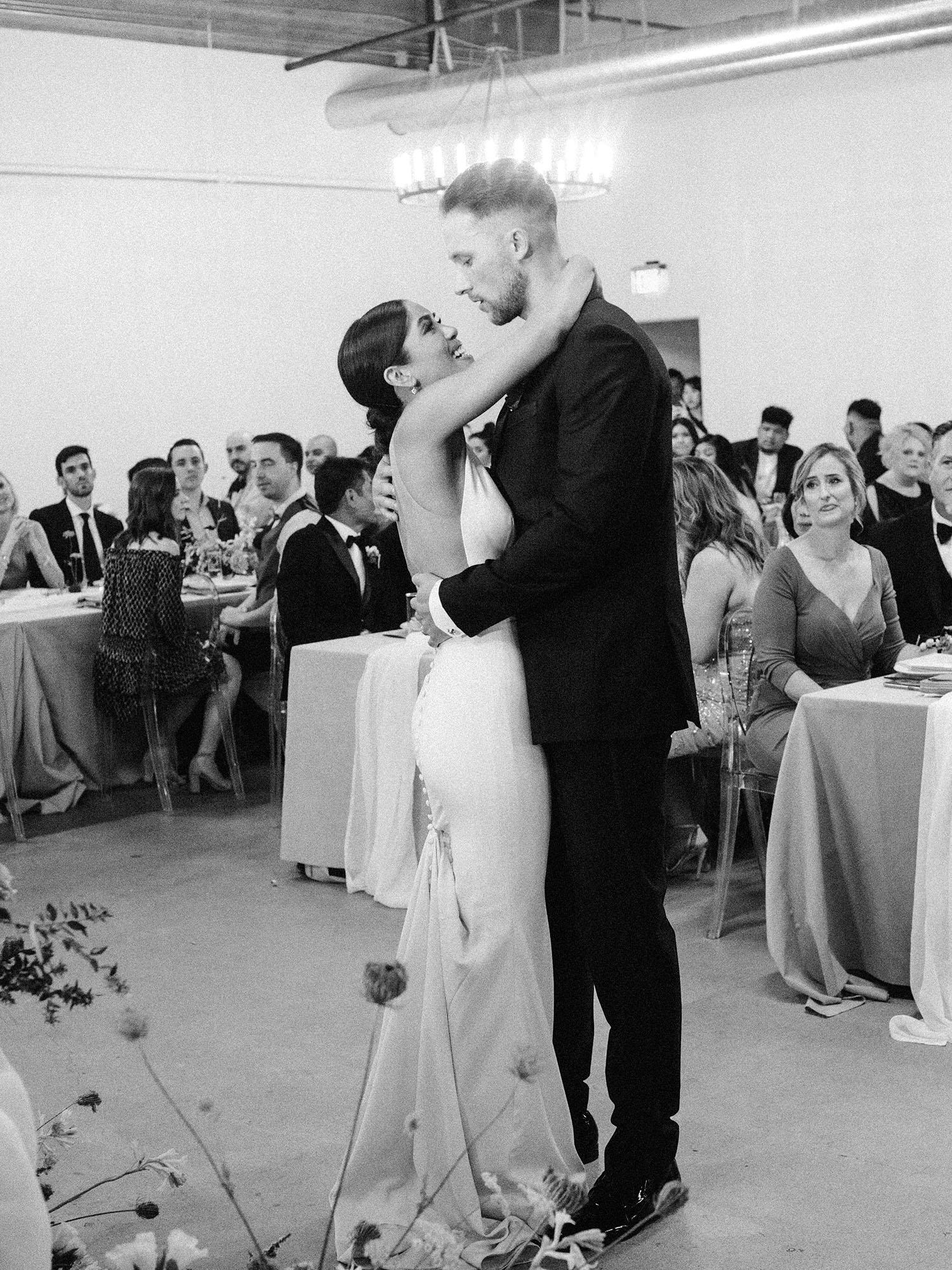 dawn jordan wedding first dance couple