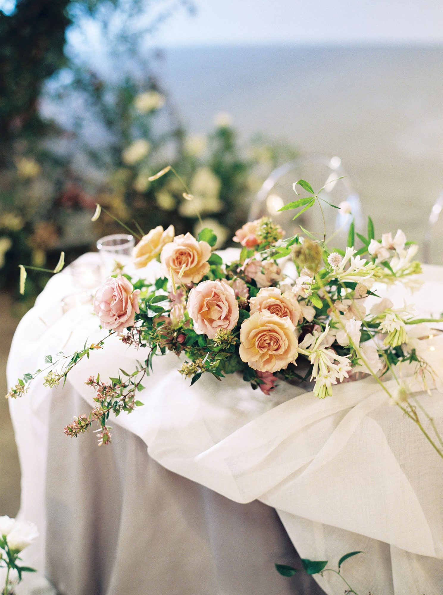 dawn jordan wedding sweetheart table decor
