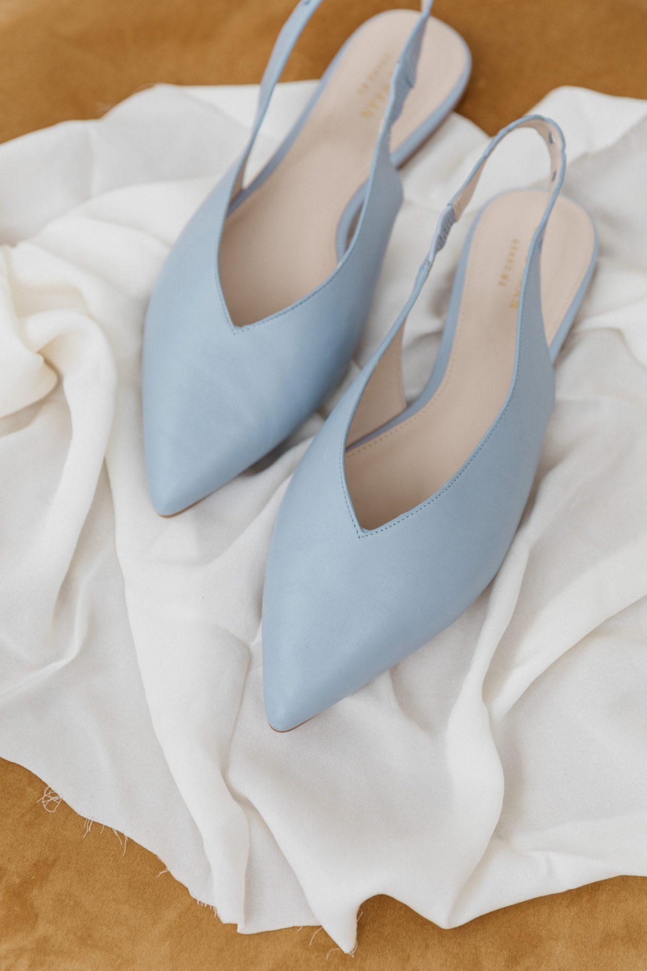 bride's blue wedding shoes