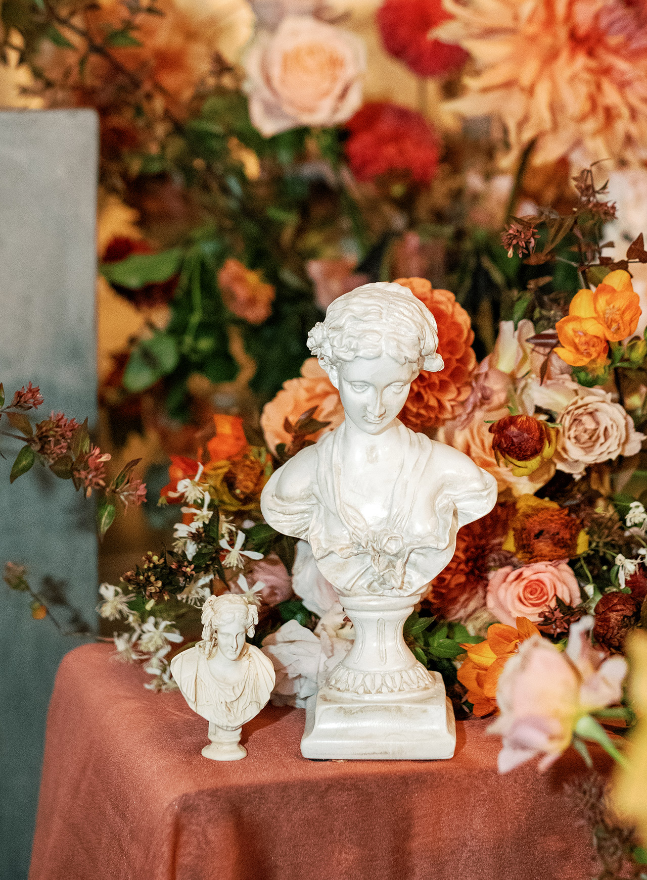 multi-sized busts autumn floral display decor