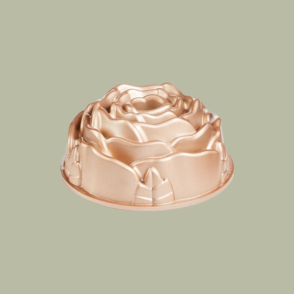 Martha Stewart Collection Copper Bundt Pan