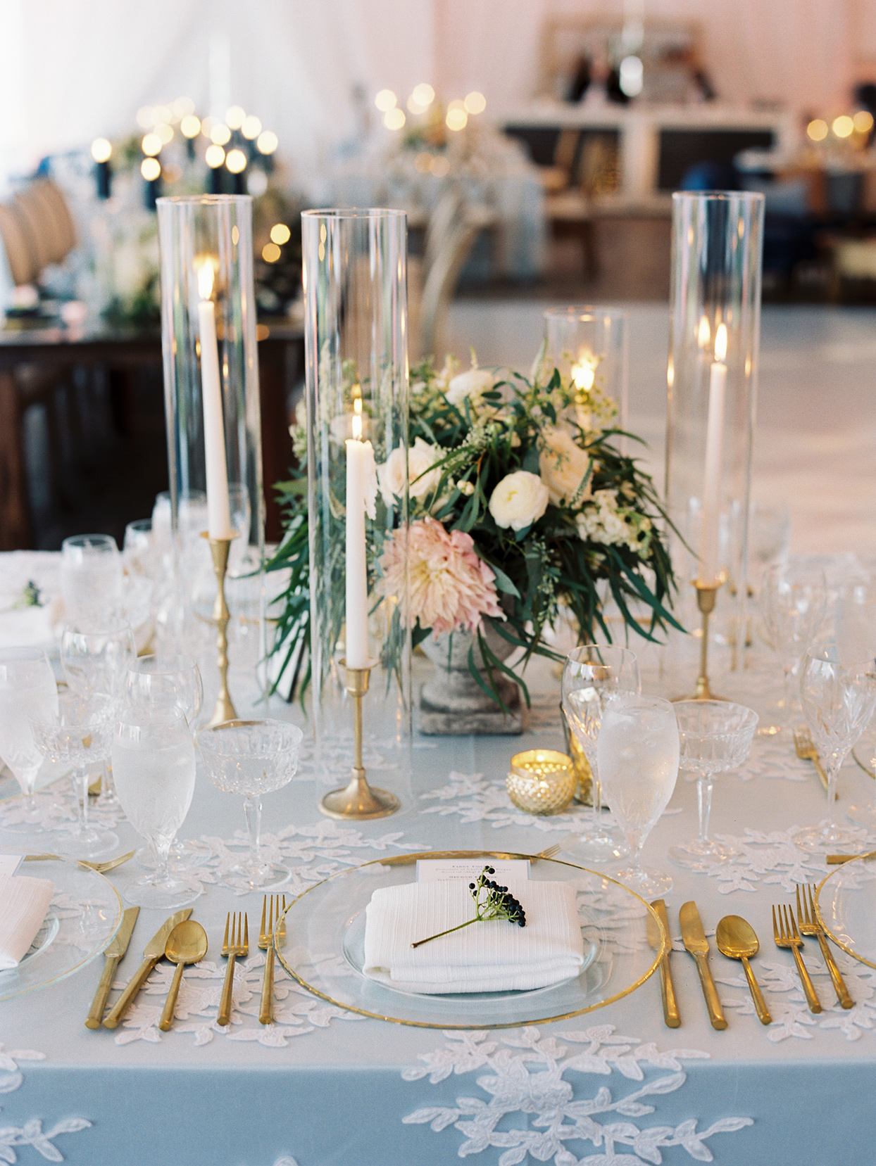 lauren chris wedding table with lace overlay